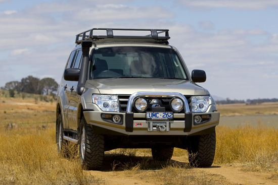 arb winch bar mitsubishi v80 ns nt pajero to 12 11 with. Black Bedroom Furniture Sets. Home Design Ideas